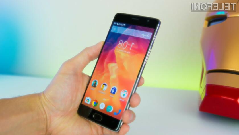 Posodobitev mobilnih naprav Android je v veliki meri prepuščena milosti ali nemilosti proizvajalca mobilnih naprav ali ponudnika storitev mobilne telefonije.