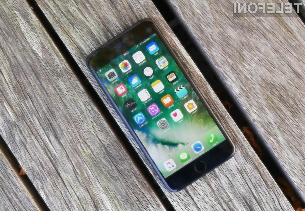 Najdražji model telefona iPhone naj bi se precej razlikoval od preostalih dveh modelov.
