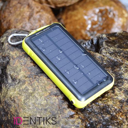 Solarni powerbank –  powerbank, ki ima na ogrodju nameščene solarne panele, ki moč sonca pretvarjajo v električno energijo.