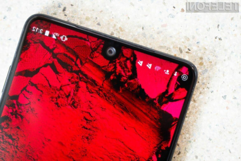 Essential Phone je nedvomno naprava, ki zlahka opravi z vsemi pametnimi mobilni telefoni Android trenutno na trgu.