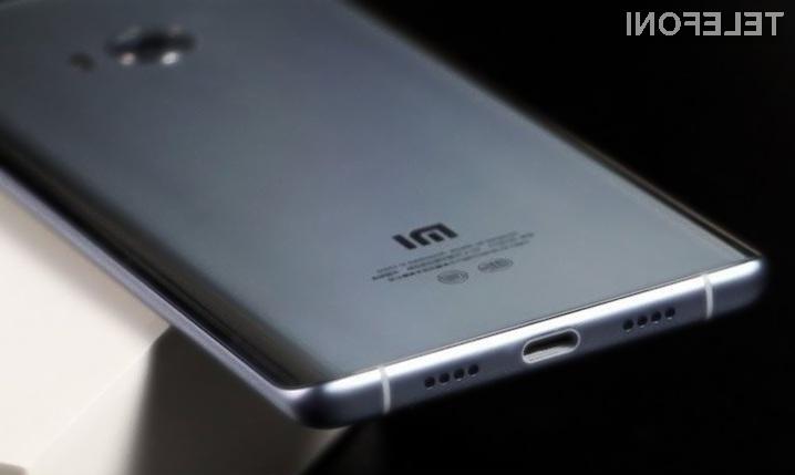 Xiaomi bo kmalu predstavil pametni mobilni telefon, združljiv z brezžičnim standardom Qi.