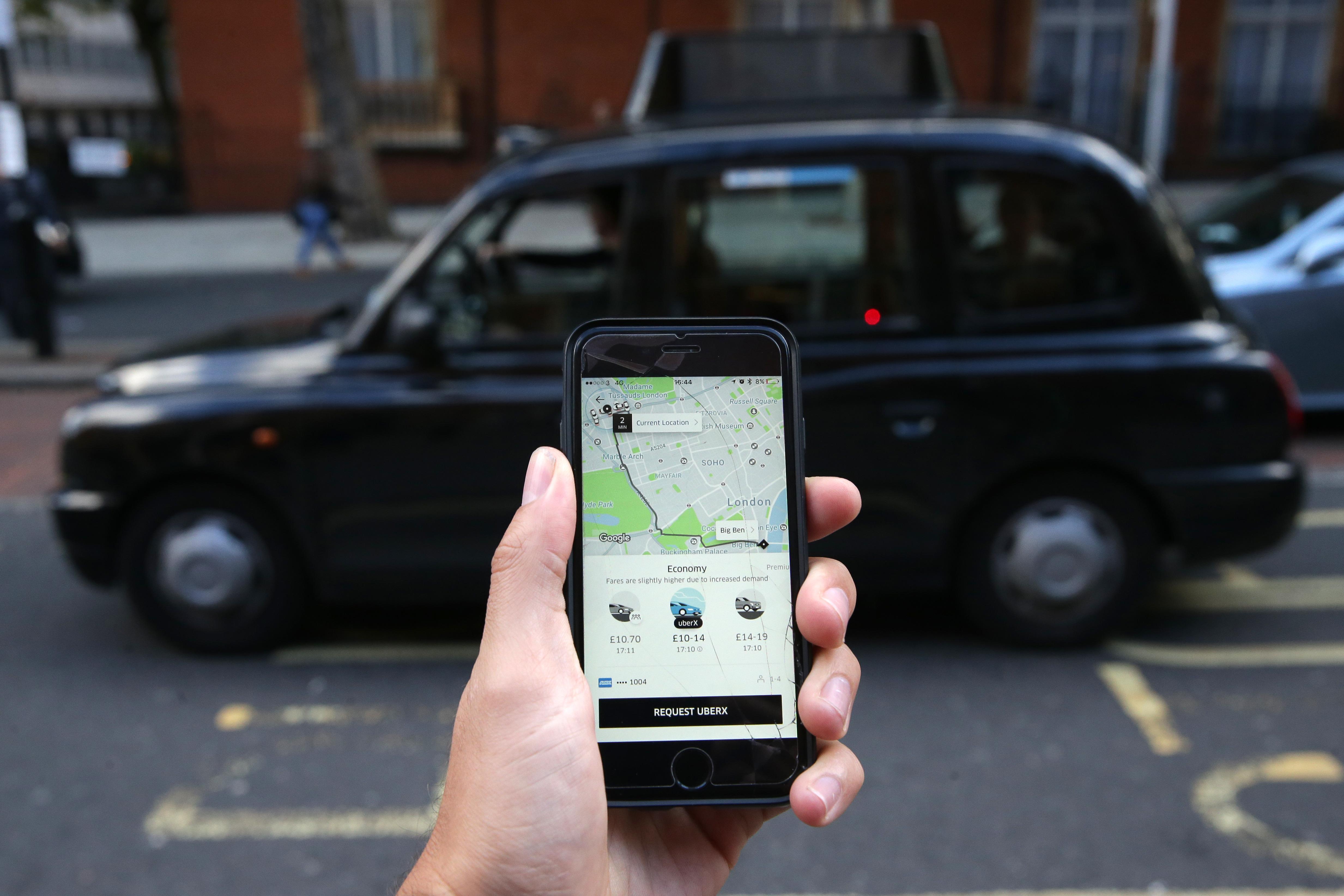 Uber je očitno v Londonu sila nepriljubljen!
