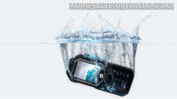 Mobilni telefon Crosscall Shark-X3 bomo zlahka