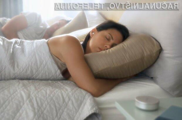 Z ušesnimi slušalkami Bose Sleepbuds naj bi spali precej bolj kakovostno.