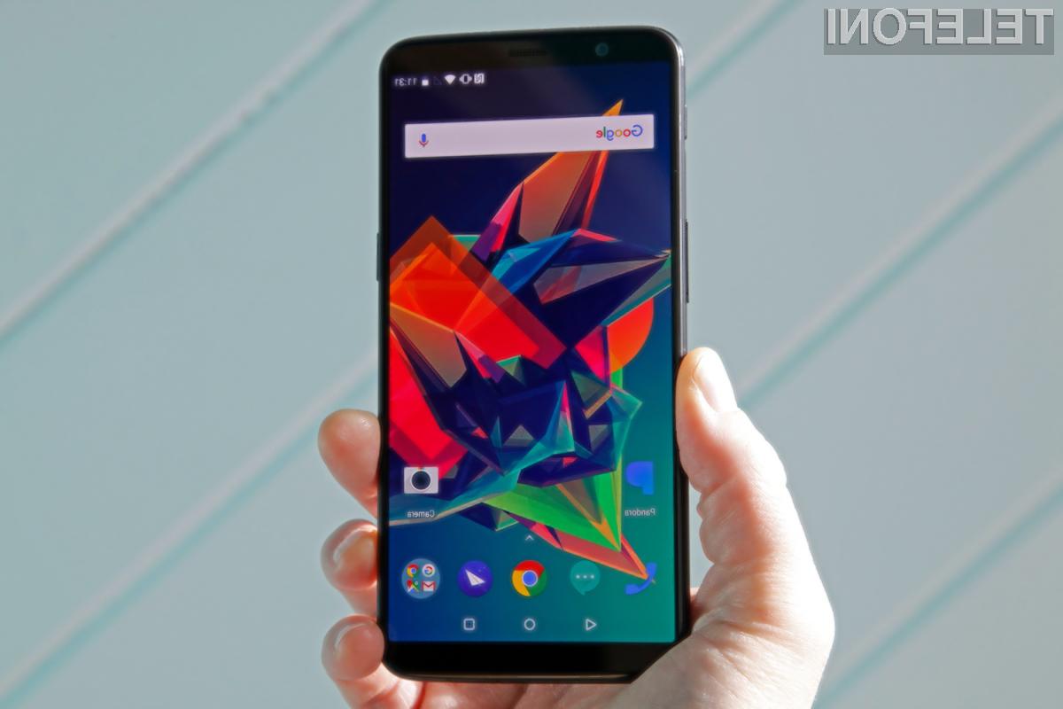 Trenutno se najhitreje polni pametni mobilni telefon OnePlus 5T.