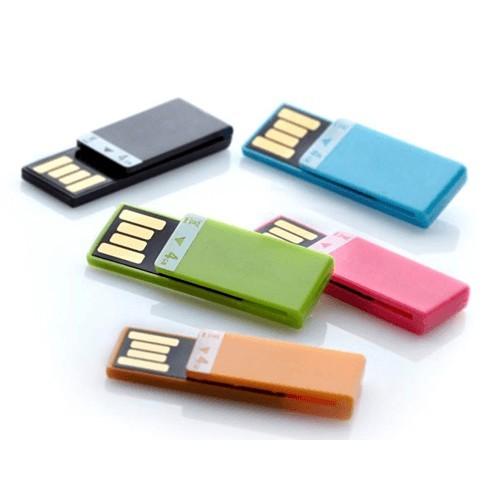 Vodoodporni USB bodo zaščitili vaše podatke.