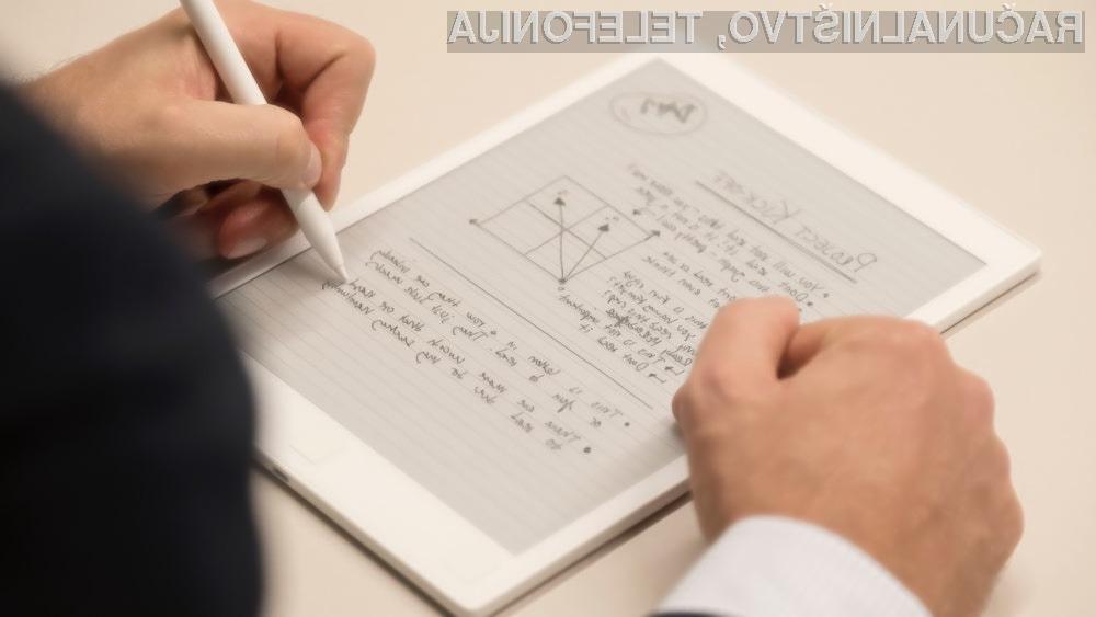 Učenje s klasičnega papirja je za mnoge še vedno boljše kot pa uporaba elektronskih napav.