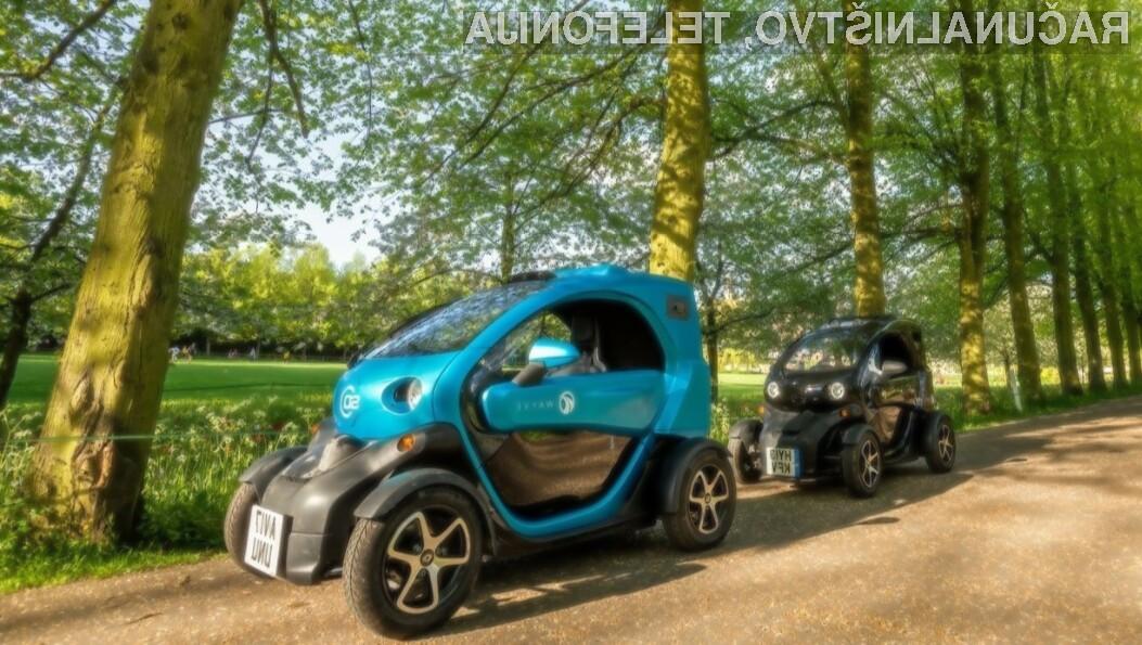 Samovozeči avtomobili si s lahko v prihodnosti učili voziti kar sami.