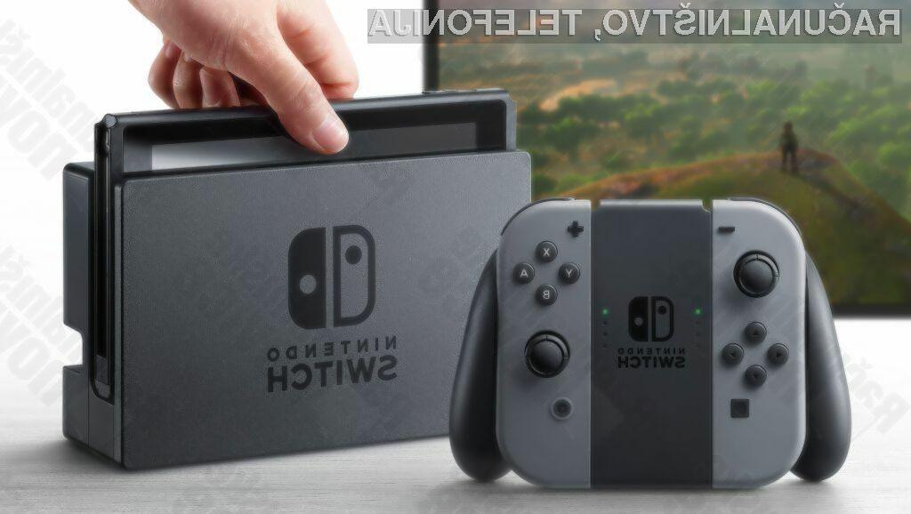 Igralna konzola Nintendo Switch s prilagodljivim igralnim ploščkom Joy-Con