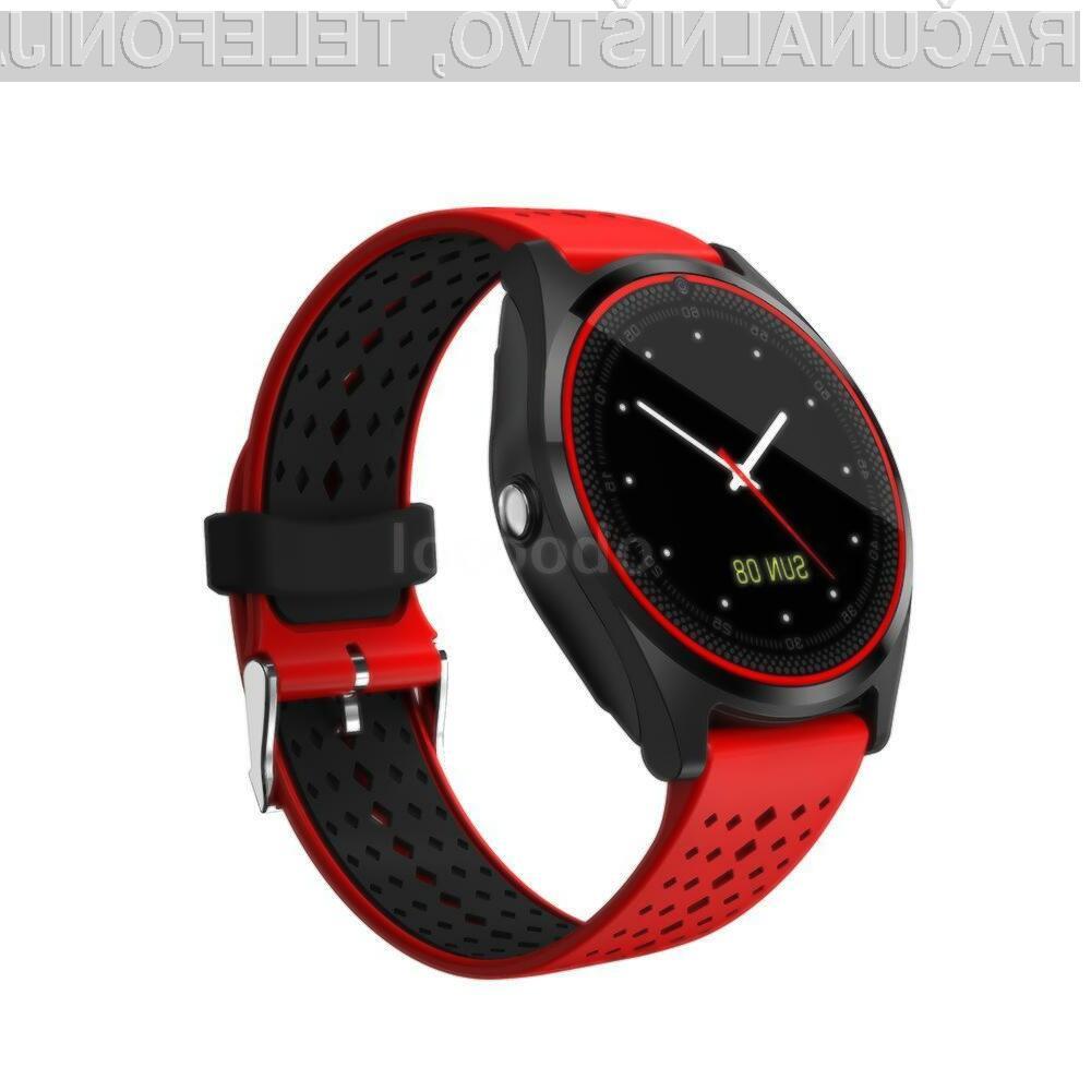 Za pametno ročno uro BT Smart Watch je treba odšteti zgolj 15,99 evrov.