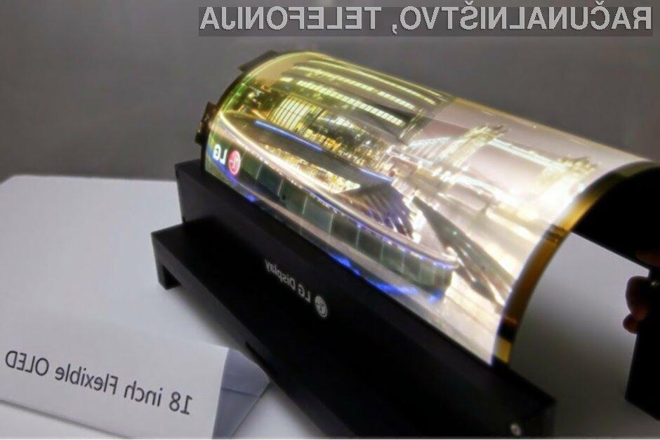 Prvi upogljiv tablični računalnik bi lahko bil naprodaj že v prihodnjih nekaj mesecih!