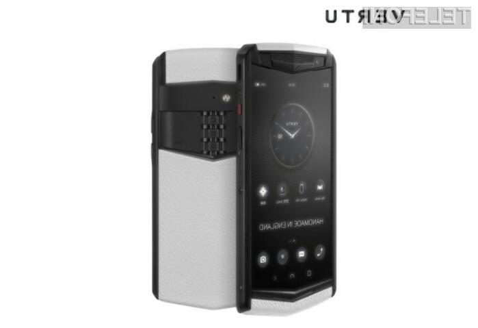 Za pametni mobilni telefon Vertu Aster P bo treba odšteti vsaj 4.500 evrov.