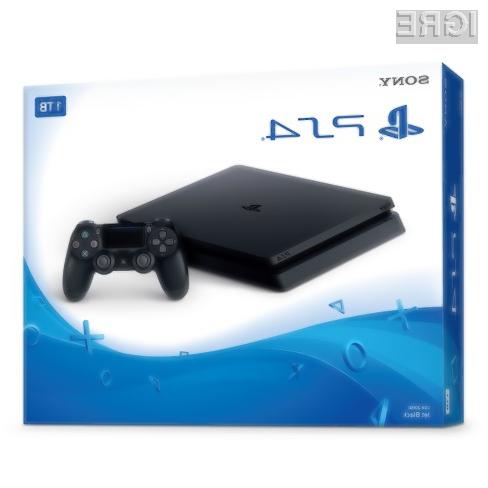 PlayStation 4 še naprej ostaja daleč najbolj prodajana konzola te generacije.
