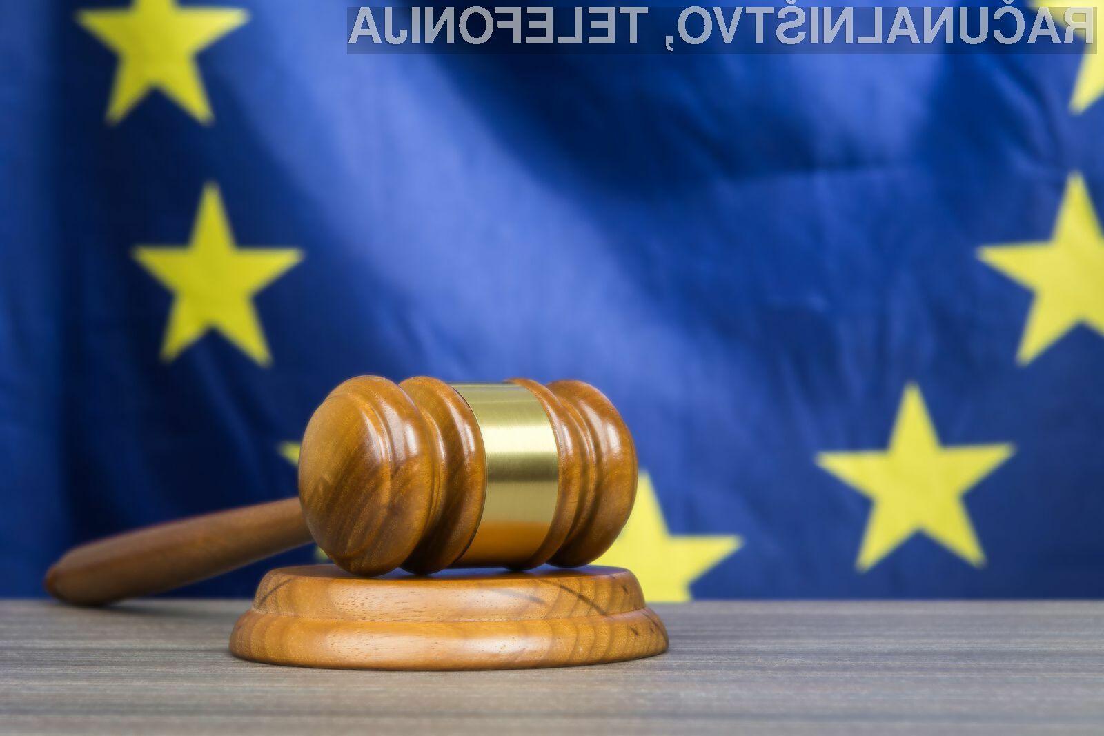 Uporabniki na ozemlju Evropske unije bi lahko čez noč ostali tako brez novičarske storitve Google News kot brez milijonov videoposnetkov na YoTubu.
