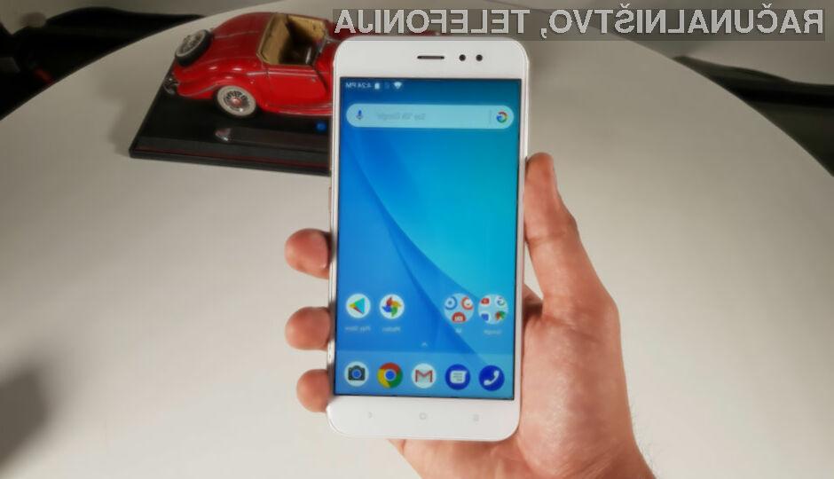 Med vsemi preizkušenimi telefoni je zdaleč najbolj seval Xiaomi Mi A1.