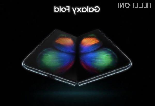 Za upogljivi pametni mobilni telefon Samsung Galaxy Fold bo v Evropi treba odšteti vsaj 2.000 evrov.