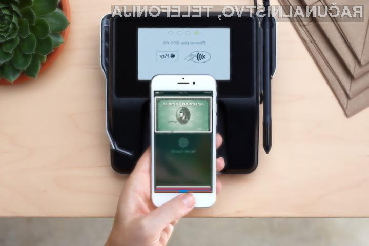 Storitev Apple Pay lahko v Sloveniji uporabljamo v navezi s spletnimi bankami Monese, N26 in Revolut.