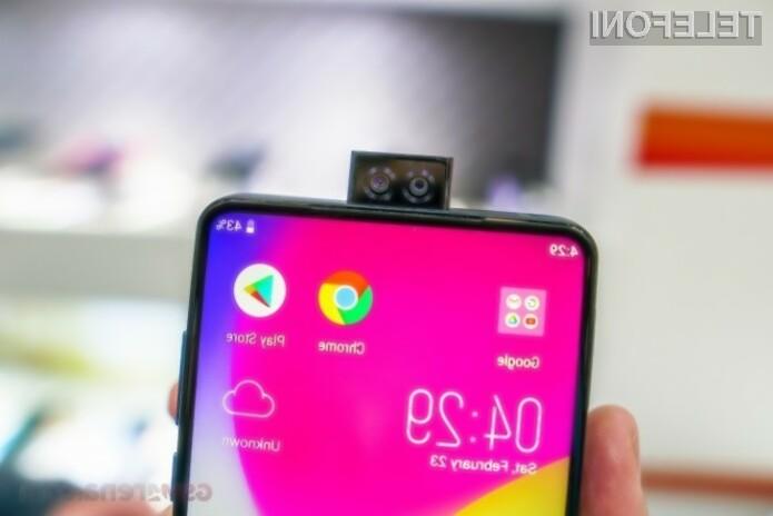 Telefon z najmogočnejšo baterijo na svetu na voljo preko portala Indiegogo