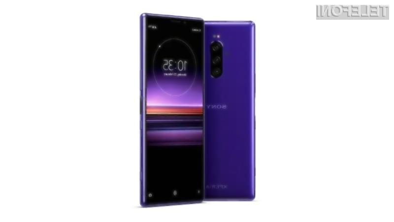Vrhunski pametni mobilni telefon Sony Xperia 1 bo naprodaj šele od 20. maja dalje.