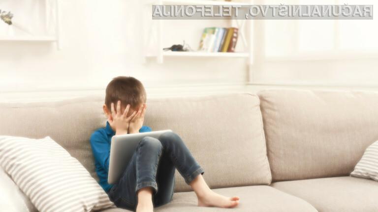 Otrokom bi morali preprečiti dostop do mobilnih naprav.
