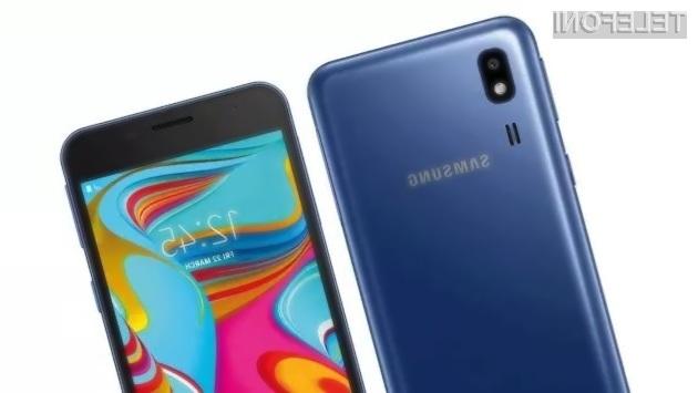 Pametni mobilni telefon Samsung Galaxy A2 Core za malo denarja resnično ponuja veliko.