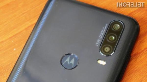 Pametni mobilni telefon Motorola One Action je že navdušil mnoge.