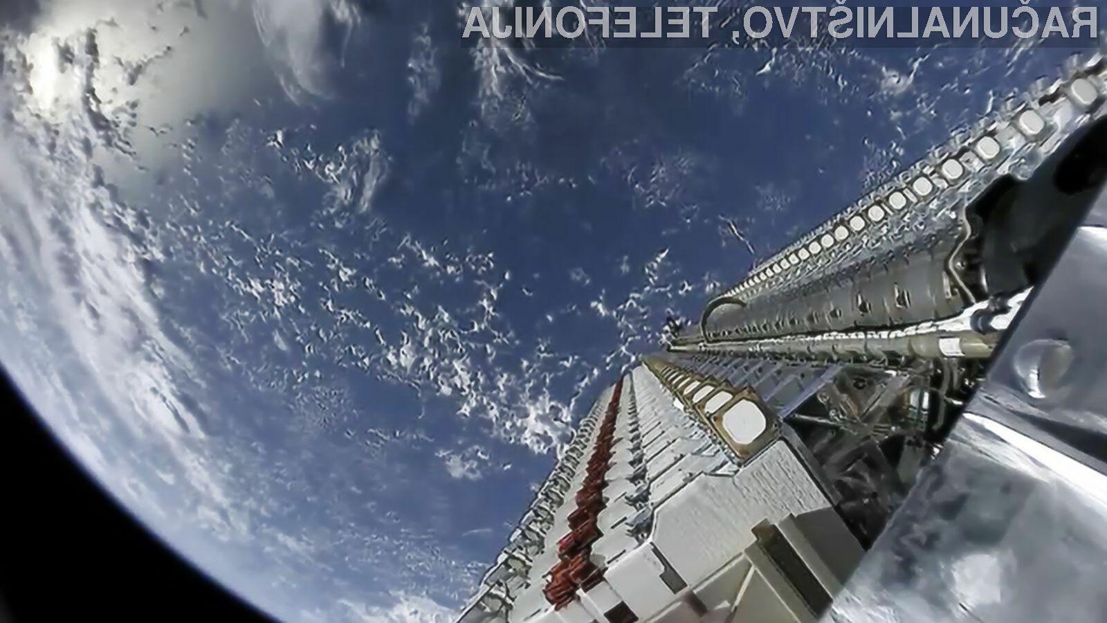 Podjetje SpaceX je v vesolje izstrelilo prvih 60 satelitov za vesoljski internet.
