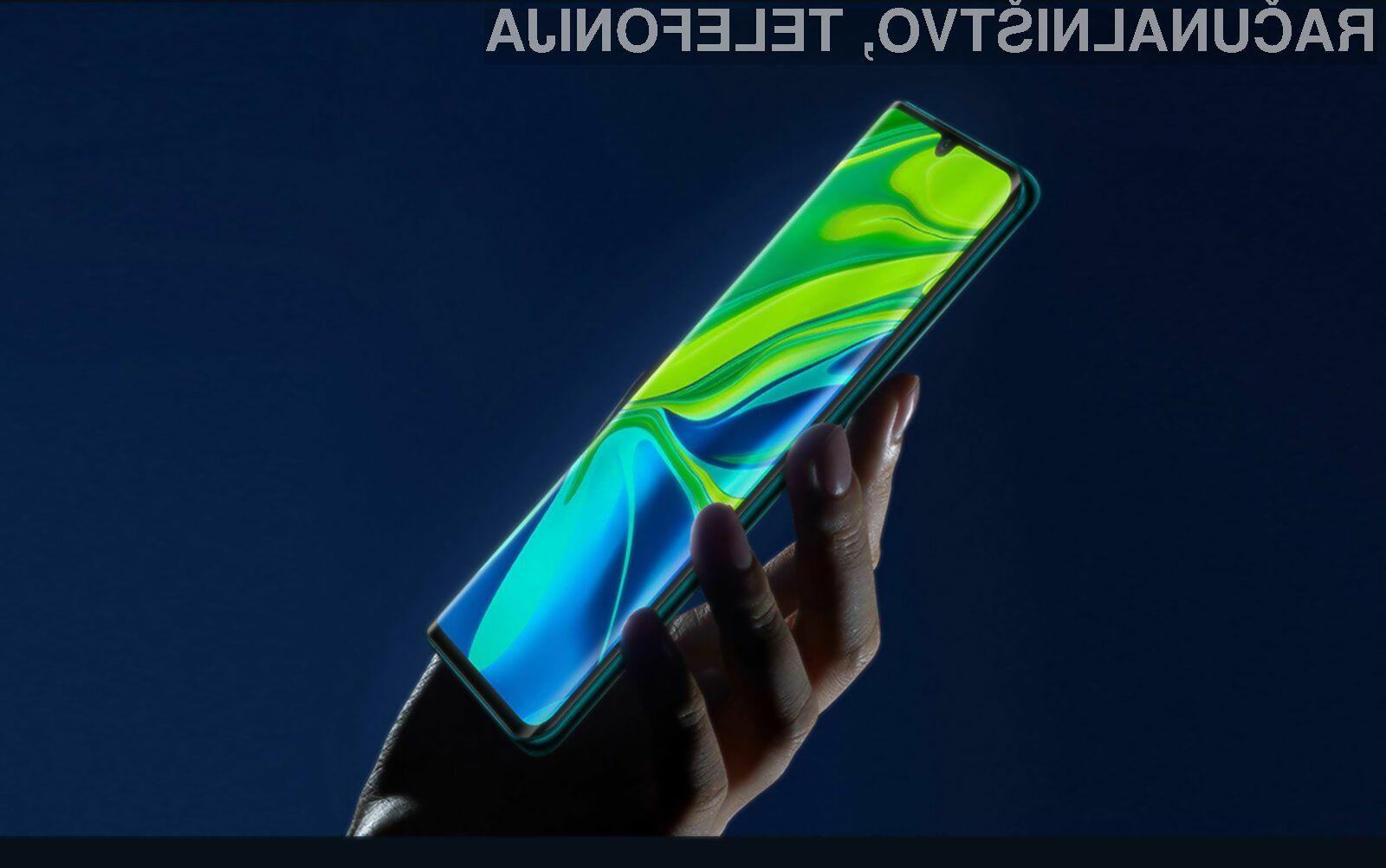 Pametni mobilni telefon Xiaomi Mi CC9 Pro je prvi opremljen s fotoaparatom ločljivosti 108 milijonov slikovnih točk.