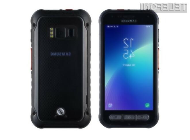 Samsung Galaxy XCover Field Pro bo zagotovo dobro služil na terenu.