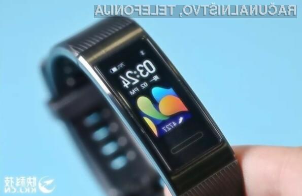 Pametna zapestnica Huawei Band 4 Pro za malo denarja ponuja resnično veliko.