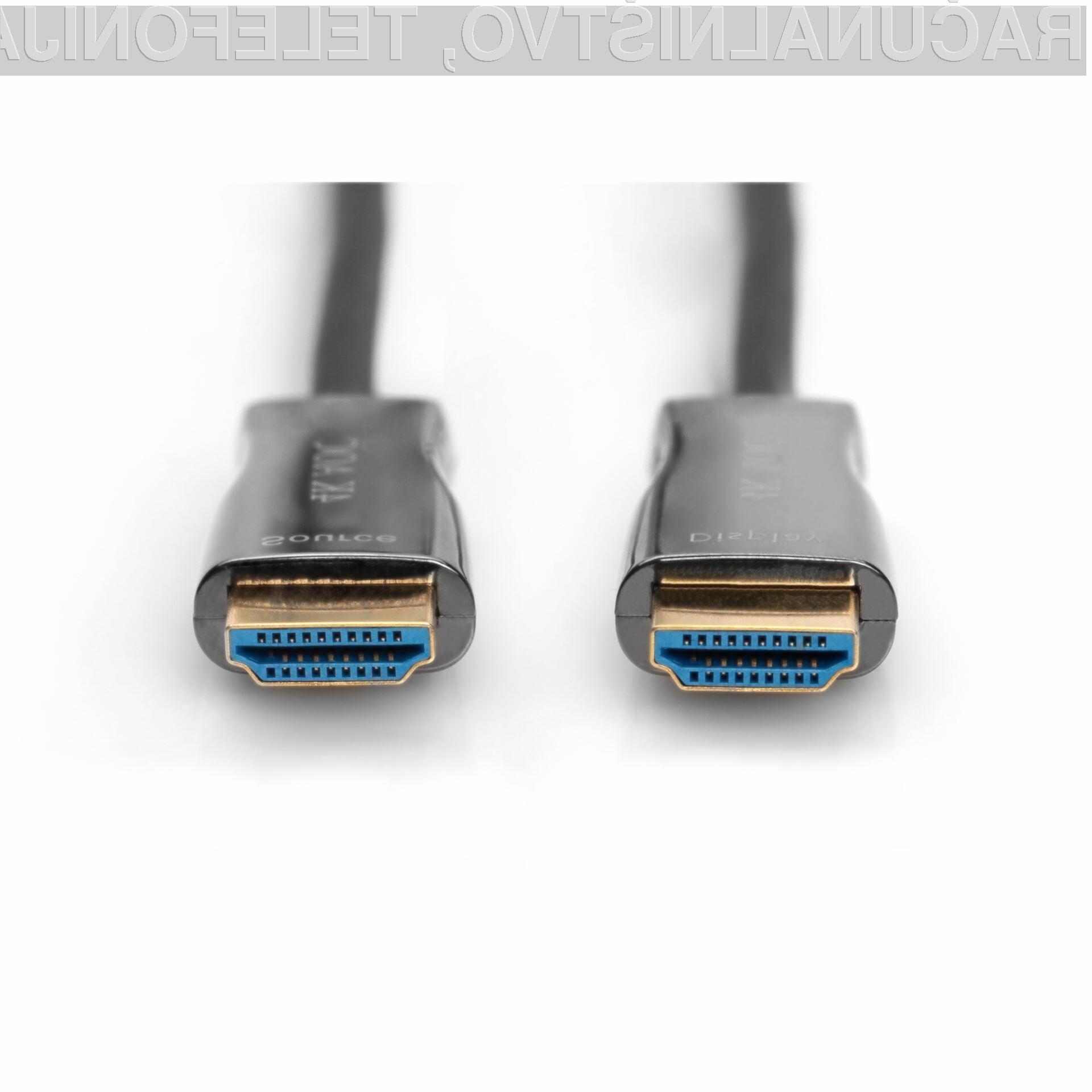 Hibridni optični HDMI kabel zagotavlja prenos brez izgub po celotni dolžini.