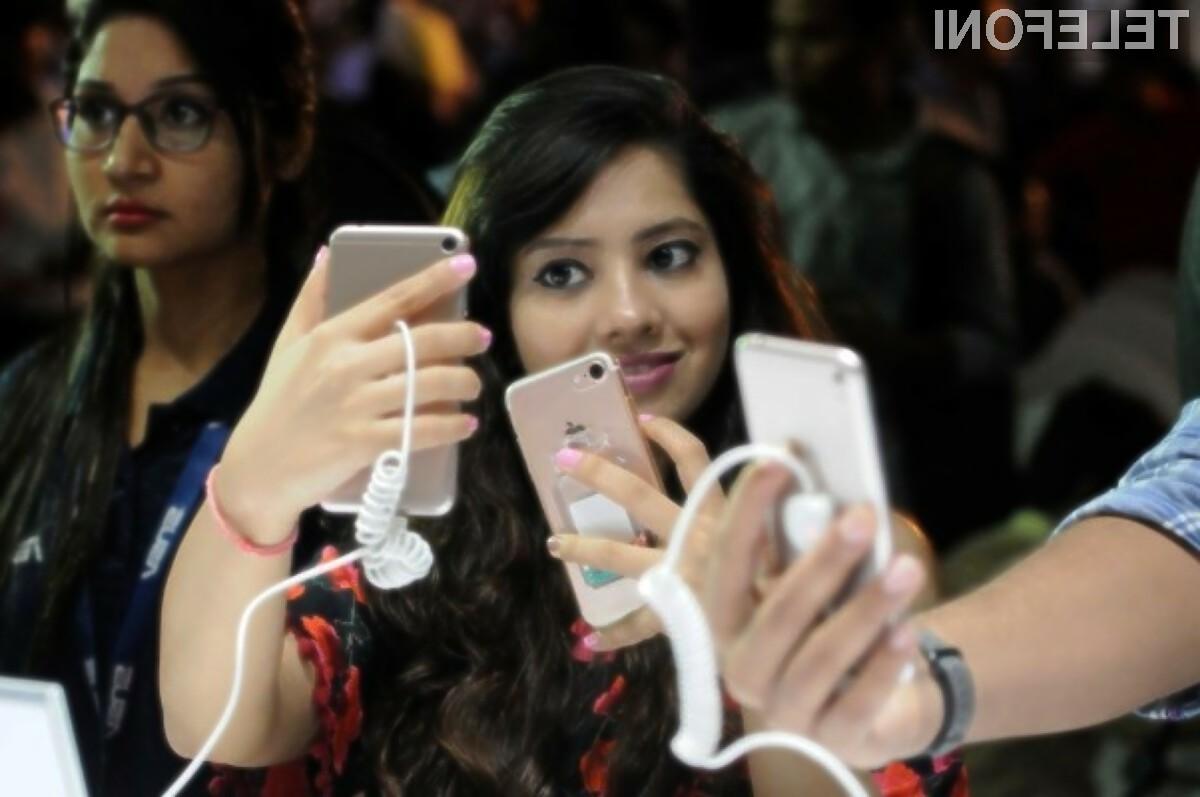 Indija postaja vse bolj pomemben trg za proizvajalce pametnih mobilnih telefonov.