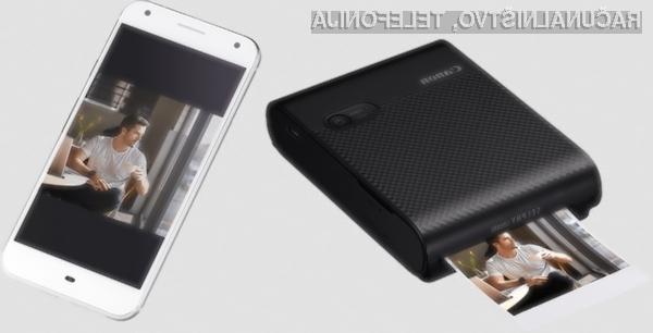 Žepni tiskalnik Canon SELPHY Square QX10 bo na voljo v drugi polovici marca za 159 evrov.