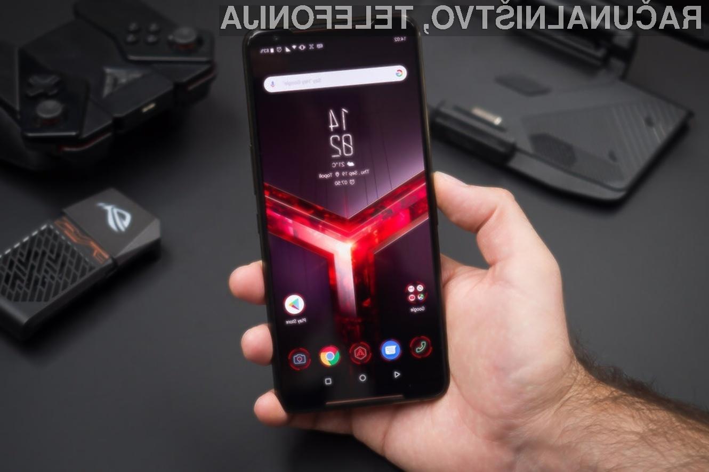 Asus ROG Phone 3 bo telefon, namenjen zagrizenim igričarjem.