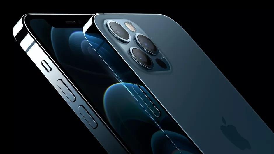 Za zamenjavo zaslona telefona Apple iPhone 12 bo v Evropi treba odšteti kar 311 evrov.
