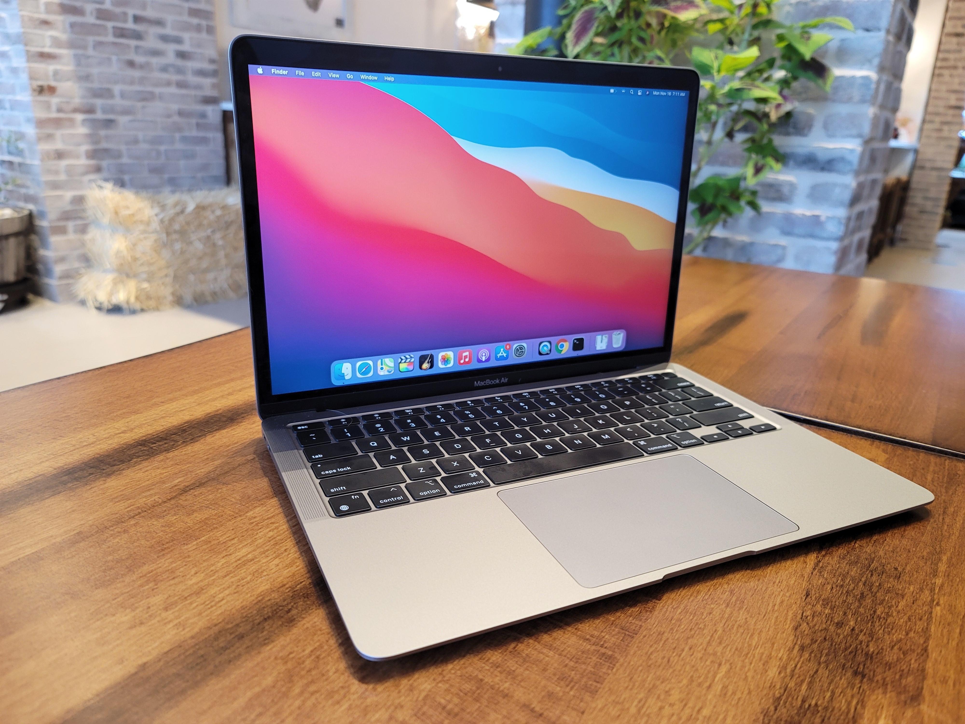 Novi Apple MacBook Air nam bo prinesel kar nekaj uporabnih novosti.