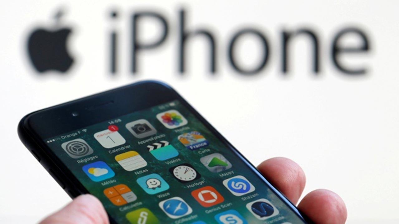 Mobilni operacijski sistem Apple iOS 15 po vsej verjetnosti ne bo na voljo za starejše naprave iPhone.