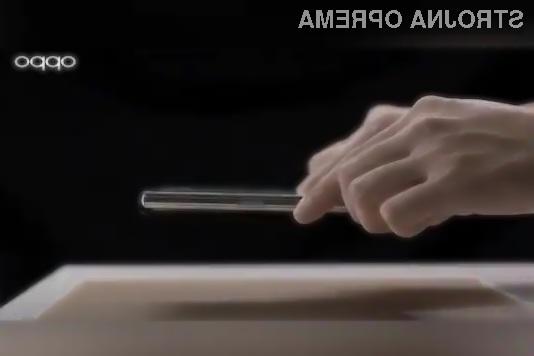 Oppo Wireless Air Charging omogoča brezžično polnjenje na oddaljenosti do 10 centimetrov od polnilne naprave.