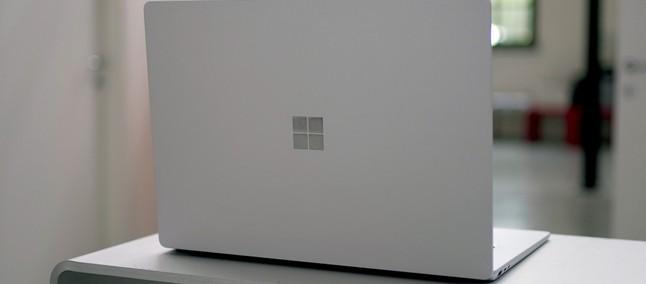 Surface Laptop 4 vendarle s procesorjem AMD Ryzen 5?