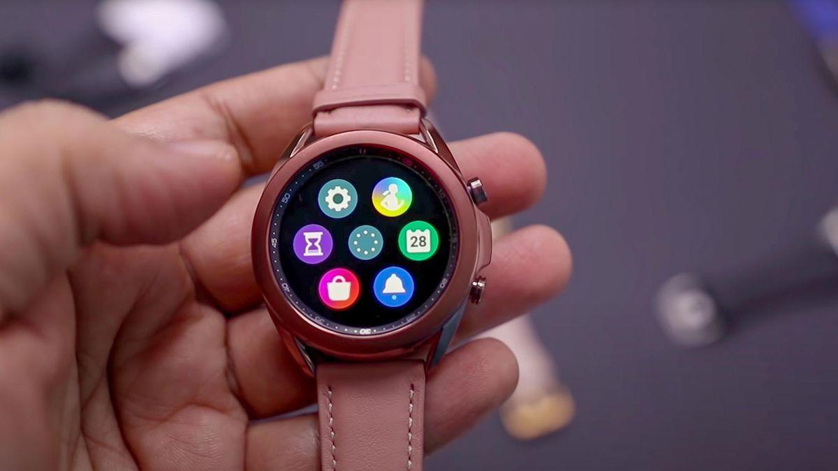 Samsung začel s pomembno posodobitvijo pametnih ur