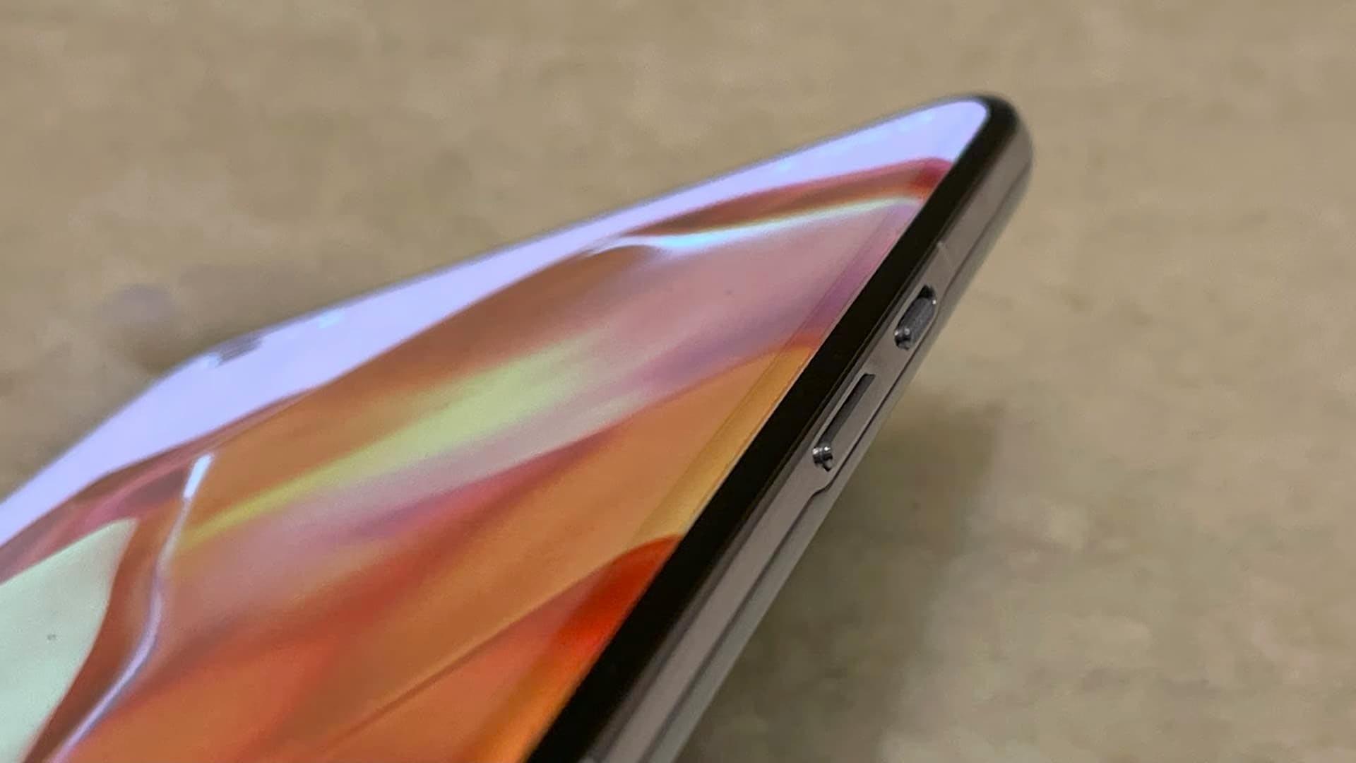 Novi OnePlus 9 Pro naj bi izgledal naravnost fantastično.