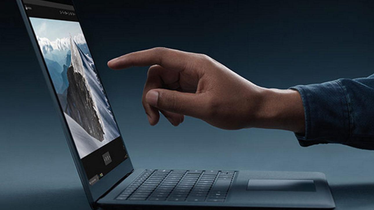 Microsoft naj bi kmalu ponudil v prodajo cenejši prenosnik Surface Laptop.