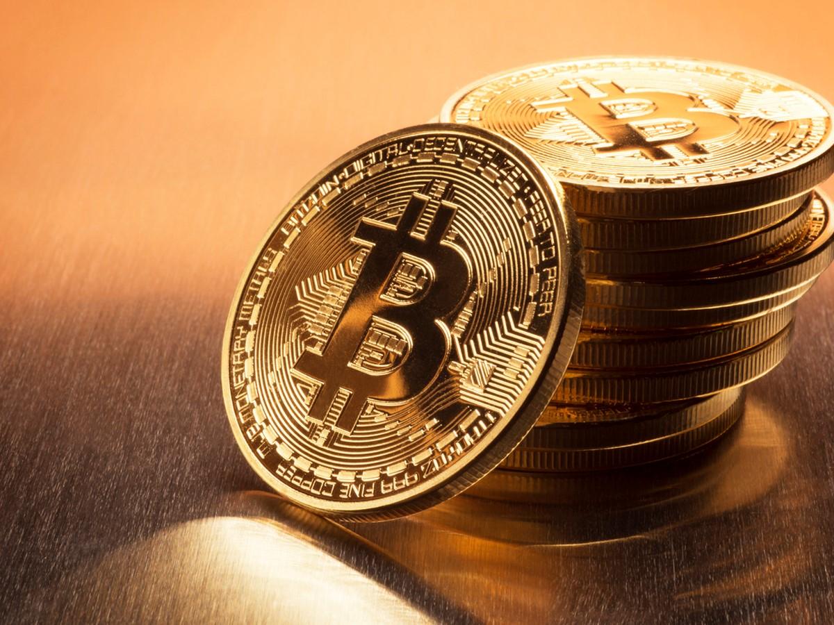 Banke širom sveta uporabnike opozarjajo, da je uporaba elektronskega denarja Bitcoin vse prej kot varna!